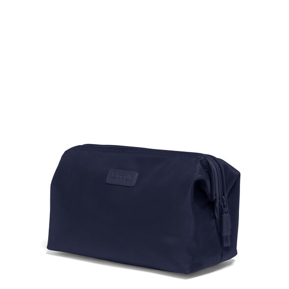 Lipault Travel Accessories Toilet Kit M in the color Navy.