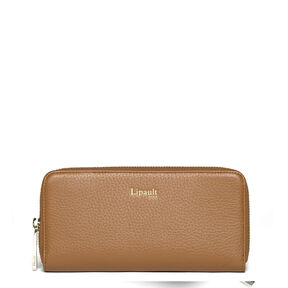 Lipault Invitation Zip Around Wallet in the color Caramel.