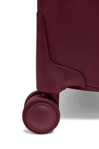 Plume Cabin Spinner in the color Bordeaux.