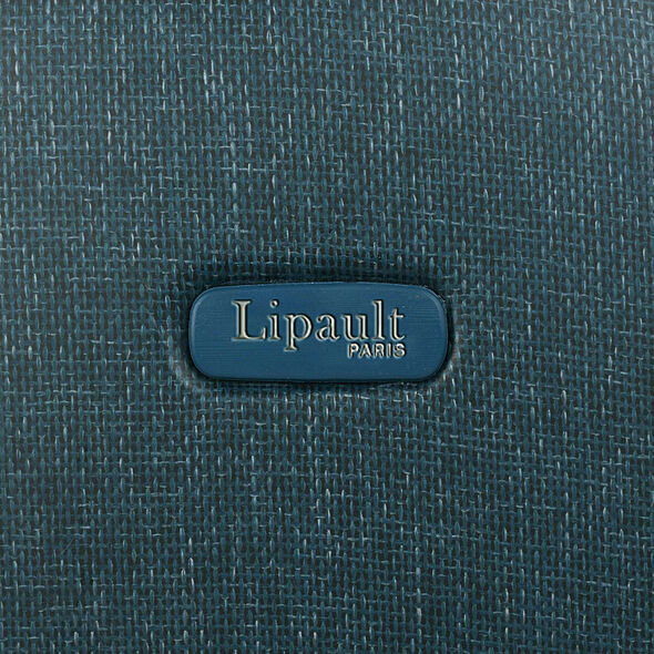 Lipault Chic & Plume Spinner 55/20 in the color Duck Blue.
