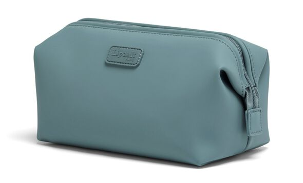 Lost In Berlin Toiletry Kit S in the color Pebble Blue.