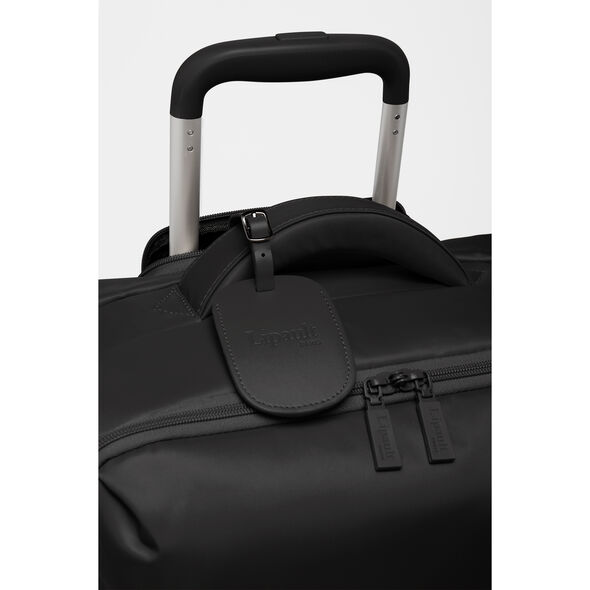 Lipault Original Plume Spinner 55/20 Carry-On in the color Anthracite Grey.